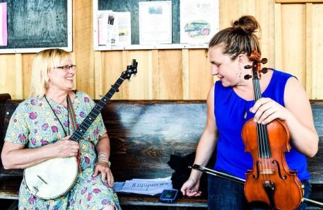 Jude Odell and Deb Photo by Jasmine Reese www.fijapaw.com